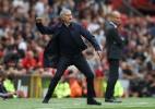 Acabou o amor no United: Mourinho é chamado de obsoleto e Ibra vira