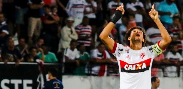 Imagens da vitória do Flamengo contra o Santa Cruz
