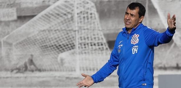 Corinthians tem uma semana para enxugar elenco e dar 5 reforços a Carille 32d5f440fb6b8