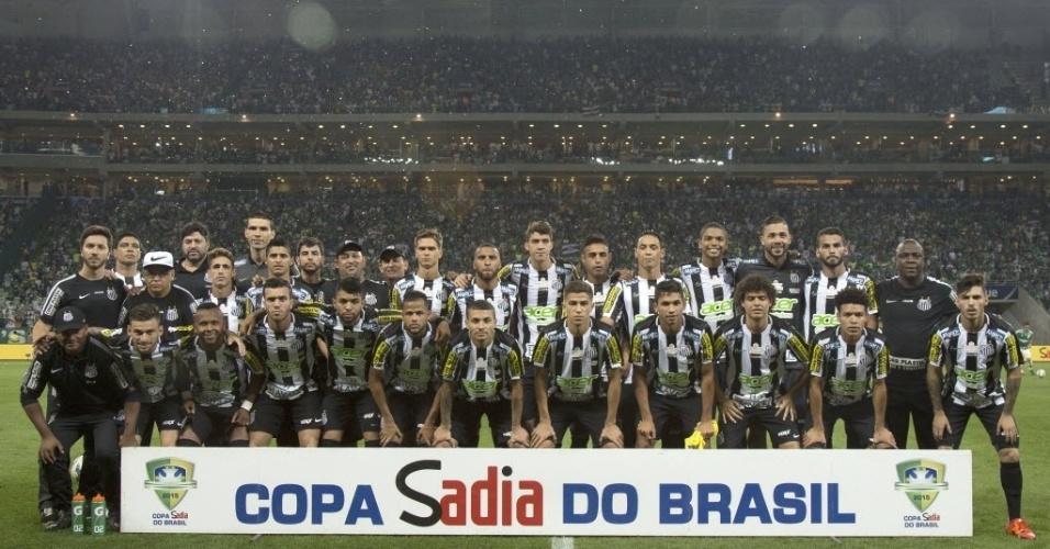 Jogadores do Santos posam para a foto oficial antes da partida