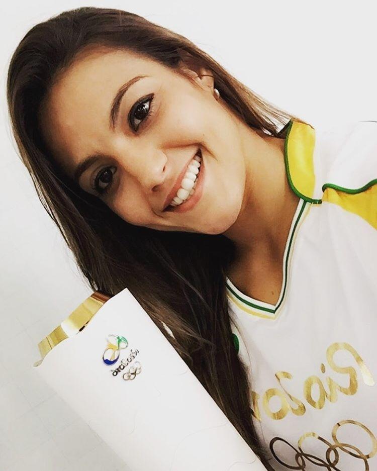 Poliana Botelho foi escolhida para conduzir a tocha olímpica por Muriaé-MG
