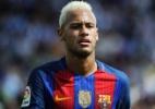 Em ação, Neymar volta a ser alvo criminal e lei prevê até 8 anos de prisão - AFP