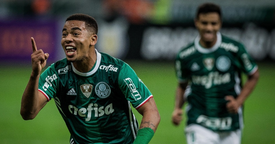 Gabriel Jesus marca um dos gols do Palmeiras contra o Figueirense