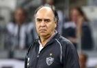 Mesmo com nova vitória, técnico do Atlético cobra melhoras: