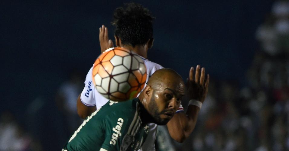 Alecsandro em ação durante a partida entre Palmeiras e Nacional-URU