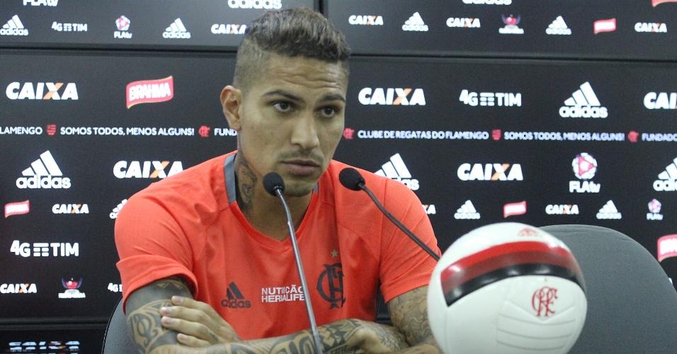 Paolo Guerrero concede entrevista e fala sobre o momento delicado no Flamengo