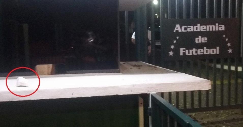 Pedra é atirada na entrada do Centro de Treinamento do Palmeiras