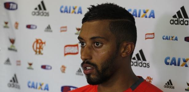 Zagueiro Cesar Martins lidera a barca de jogadores que deixarão o Flamengo nesse 2º semestre