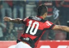 Flamengo se recupera, bate o Inter e segue colado no G-4 do Brasileiro
