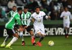 Coritiba vence de virada e Santos perde a chance de encostar no Palmeiras