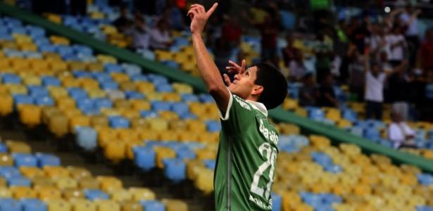 Magno Alves marcou o primeiro gol do Fluminense na partida disputada no Maracanã