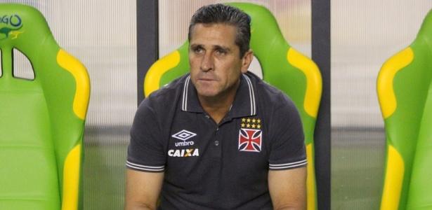 O treinador do Vasco avalia que a equipe pecou na falta de efetividade contra o Brasil