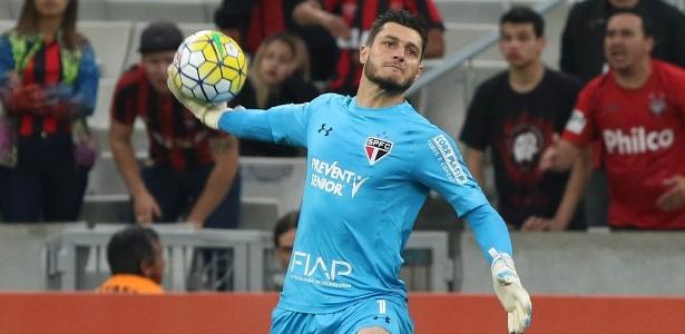 Marco Aurélio Cunha elogia Denis e diz que SP precisa de meia e atacante