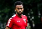 Sem Ganso, São Paulo treina e clima esquenta entre Lyanco e Wesley