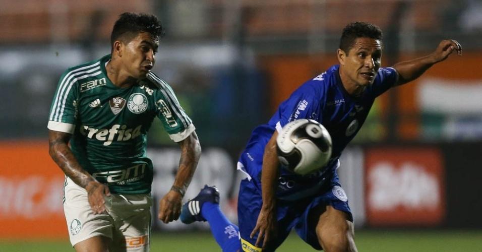 Dudu em lance do jogo entre Palmeiras e São Bento, válido pelo Campeonato Paulista