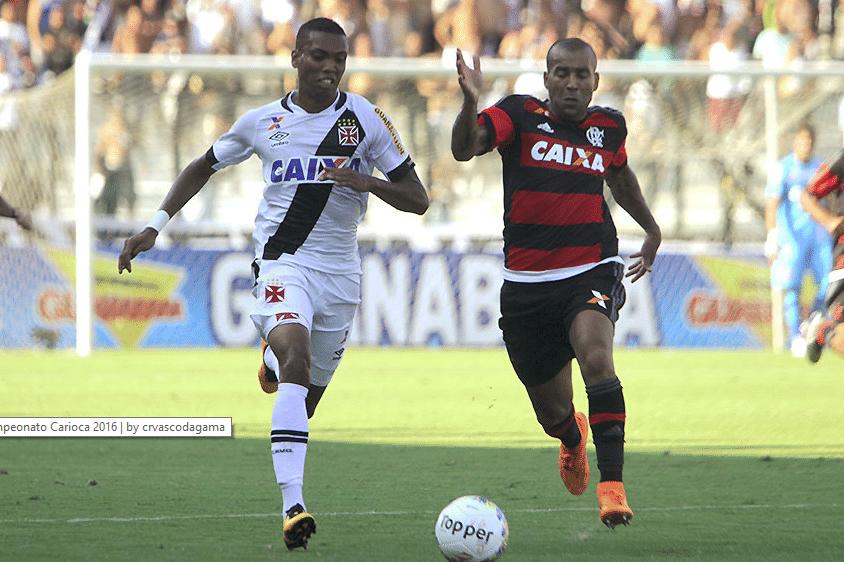 Madson e Emerson Sheik disputam lance no clássico Vasco x Flamengo