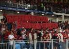 Bipolaridade de torcida do Fla com futebol e basquete se reflete no público