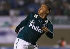 Porto dá aval e Walter troca Atlético-PR pelo Goiás. Jogador chega sábado - Weimer Carvalho/Getty Images