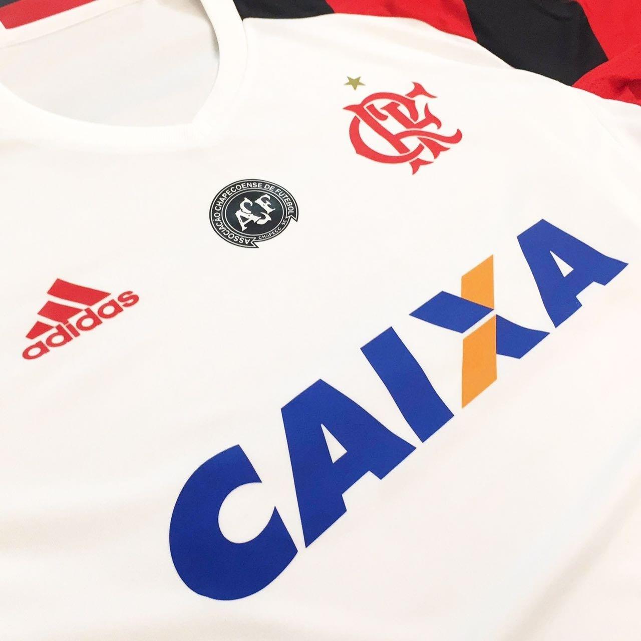 Flamengo jogará com escudo da Chapecoense ao lado do Rubro-negro