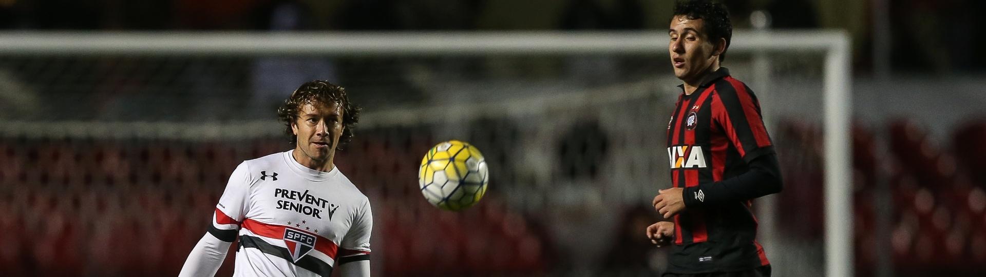 Lugano teve boa atuação diante do Atlético-PR pelo Campeonato Brasileiro