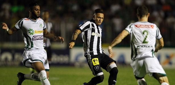 Neilton em ação pelo Botafogo; destaque, atacante deve retornar ao Cruzeiro