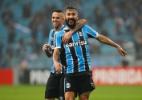 Boa fase de Douglas ameaça retorno de Bolaños ao Grêmio no clássico