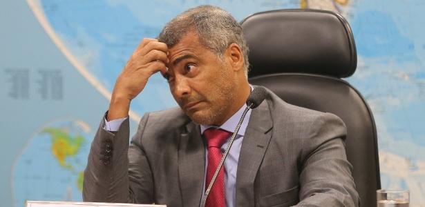 Irmã, sobrinho, namorada e cinco amigos de Romário ocuparam cargos públicos