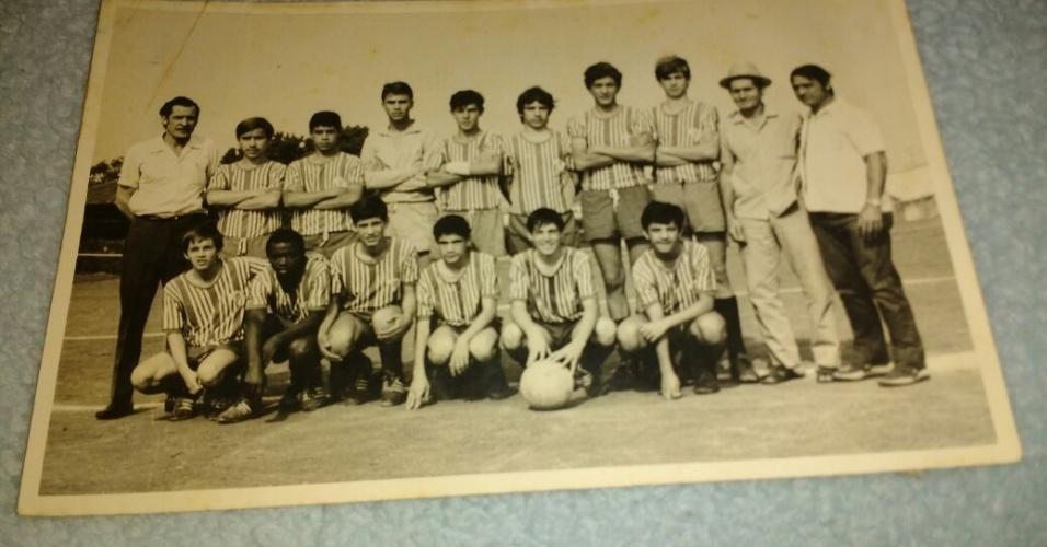Marinho Ramalho (de chapéu), pai de Muricy, morreu durante um jogo de futebol em São Paulo