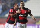 Flamengo pressiona, vira no final contra o Cruzeiro e cola no Palmeiras