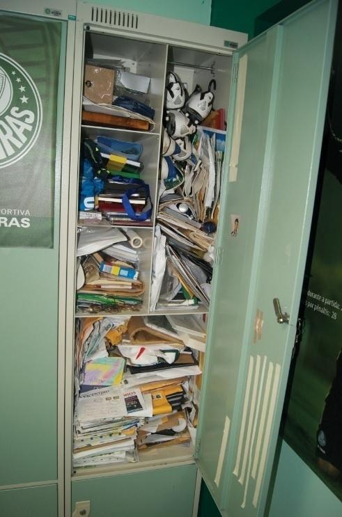 Armário de Marcos ainda está repleto de objetos do ex-goleiro do Palmeiras