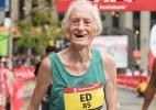 Vovô de 85 anos choca mundo das corridas e quebra marcas 'de olho fechado'