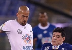 Presidente em campo; Verón deixa aposentadoria de lado e volta a jogar - Filippo Monteforte/AFP Photo