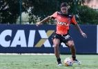Carlos Eduardo é relacionado para decisão e pode estrear pelo Atlético-MG