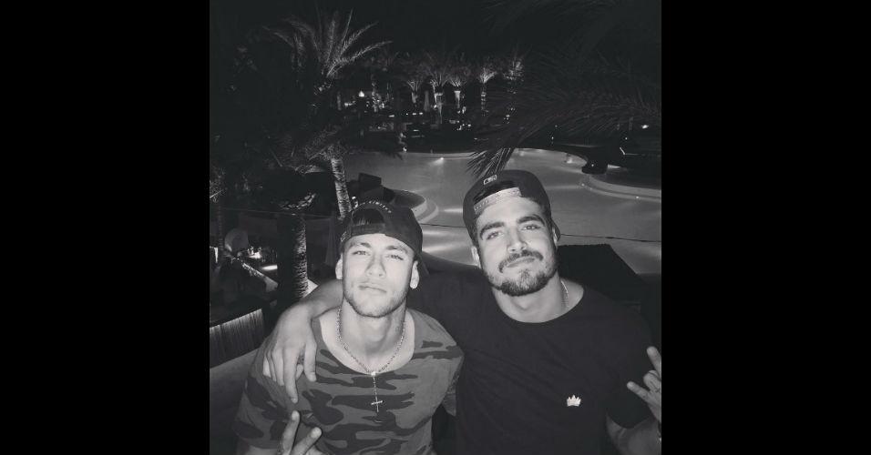 Neymar recebeu a visita do 'parça' Caio Castro em Barcelona