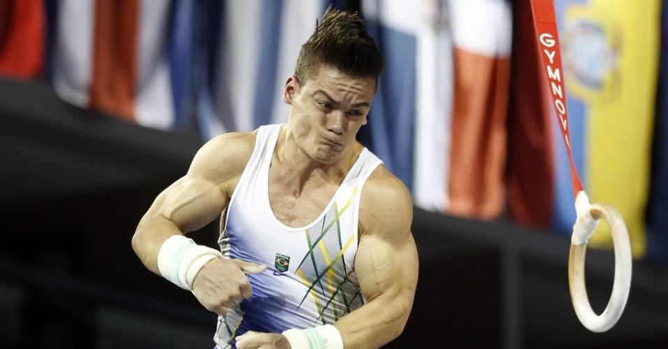 Caio Souza durante a disputa das argolas nos Jogos Pan-Americanos de Toronto