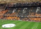 Torcida do Valencia protesta após 7 a 0 e boicota semifinal contra o Barça