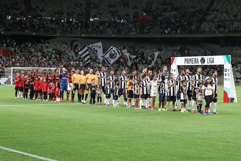 Times do Atlético-MG e do Flamengo seguem protocolo de entrada da Primeira Liga