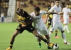 Santos sofre, mas busca empate no fim e segue invicto no Paulista