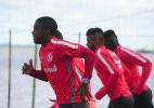 Volante pede para Inter não ter soberba contra o Juventude