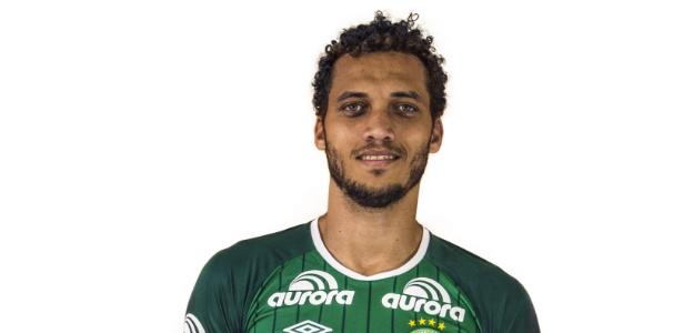 Zagueiro Neto é o sexto sobrevivente, diz mídia local - Divulgação/Site oficial da Chapecoense