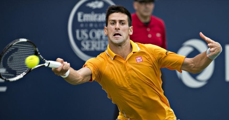 Novak Djokovic derrotou Jeremy Chardy nas semis e encara Andy Murray na final do Masters 1000, no Canadá