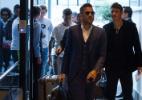 Seis jogadores da seleção chegam a Quito e aguardam Tite e companheiros