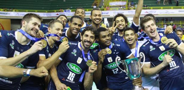 Jogadores do Cruzeiro festejam a conquista do título mundial