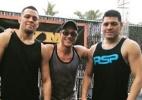 Van Damme retoma origens e participa de treinos com irmãos Diaz