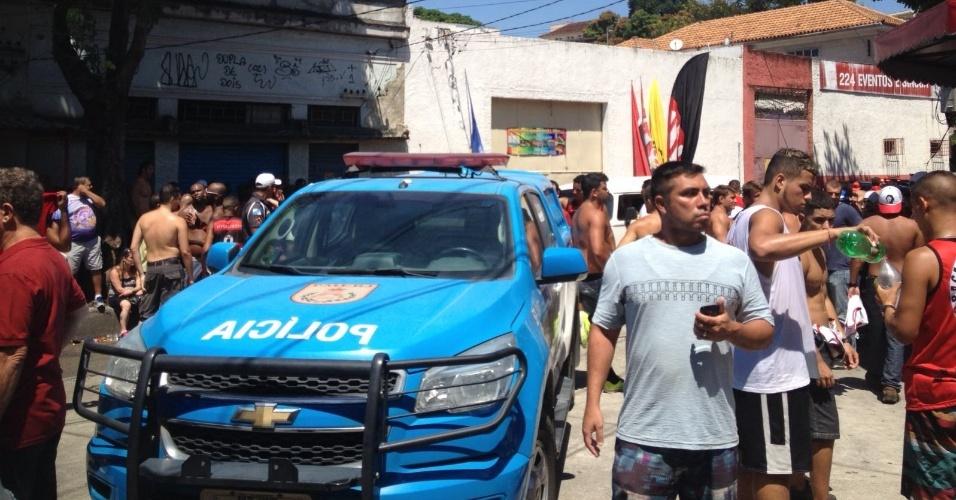 Polícia organiza chegada dos flamenguistas a São Januário