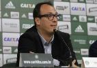 Horas antes do Atletiba, Coritiba apresenta novo diretor de futebol