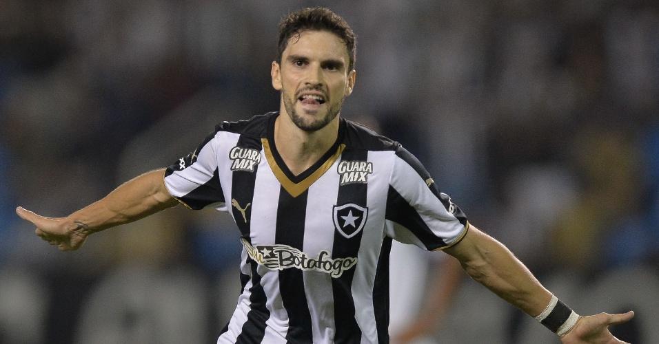 Rodrigo Pimpao comemora gol para o Botafogo na goleada sobre o Sampaio Correa na Série B