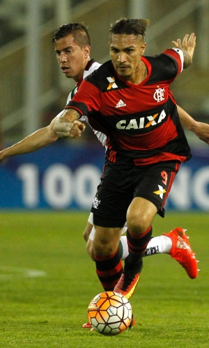 Guerrero, do Flamengo, joga como titular contra o Palestino