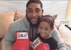 Mayweather doa luvas de boxe para jovem fã que luta contra o câncer - Reprodução/Instagram