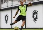 Mano se interessa e Neilton pode trocar Botafogo pelo Cruzeiro no fim do BR - Vítor Silva/SSPress/Botafogo